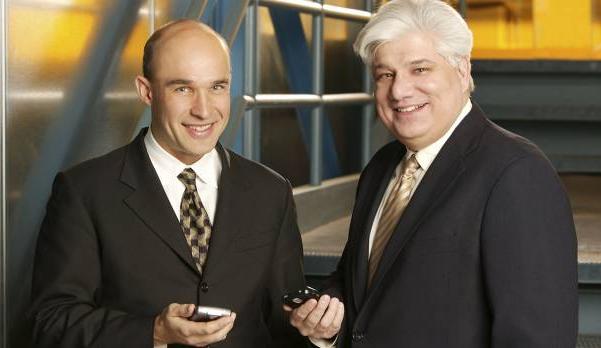 짐 발실리(왼쪽), 마이크 라자리디스.